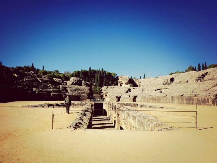 Anfiteatro. Anfiteatro Roman Ruins Being A Tourist Sunday Mass