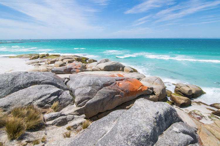 Rock formations at the bay of fires in tasmania