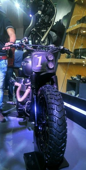 Classic Bike Autoexpo2016 Front View PhonePhotography Mi4i Custombike Autoexpoindia Taking Photos Angle Photography Bike Lover