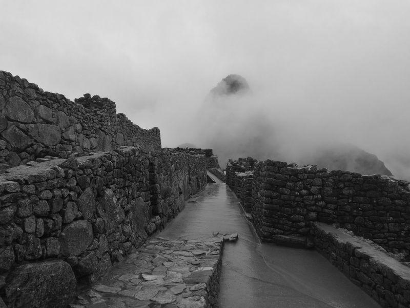 Machupichuview Fog Sky Weather Storm Cloud Rain Go Higher