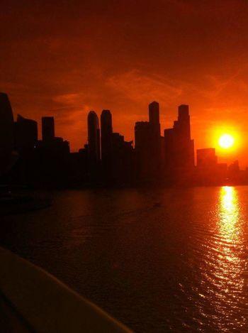 """Amber Singapore"" - Used my AmberVision sunglasses to get this effect Singapore Sg Amber Shades City City Silhouette"