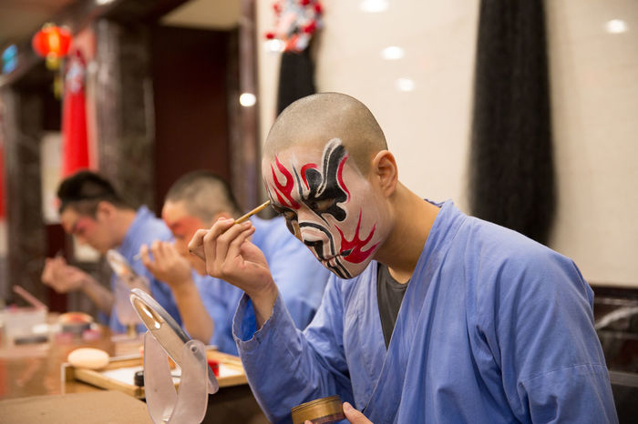 Adult Art Asian Food Back Stage Chinese Chinese Art Chinese Culture Chinese Opera Comedian Culture Entertainment Makeup Mask - Disguise Men Opera House Opéra Performance Performing Artists Performing Arts Preparation  Stage Taipei Taiwan Traditional Traditional Culture