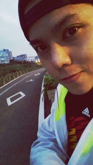 從白天跑到天黑了,還好體力很給面子。 Running Sports Adidas That's Me Enjoying Life Taiwan Taipei Hello World