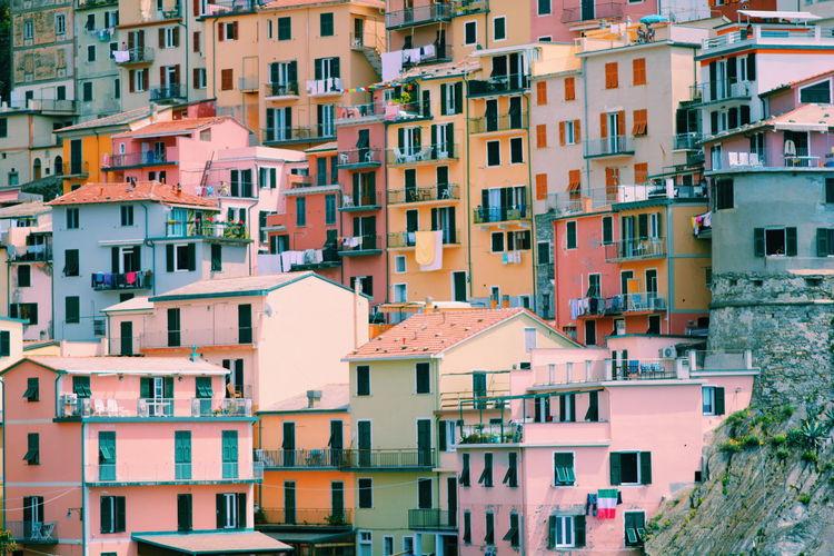 Full Frame Shot Of Residential Buildings In Town