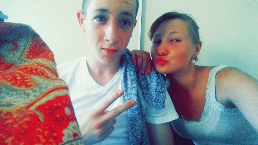 School ✌ Bester ♥ Chilling So Warm Donnerstag 5 Stunde Film Gucken Pgotooftheday Bestfriend Follow4follow❤