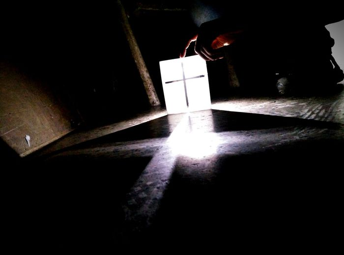 Oneplus X Smartphonephotography MyClick Cool Onepluslife Christianity Holy Cross Light And Shadow Light In The Darkness Light And Dark