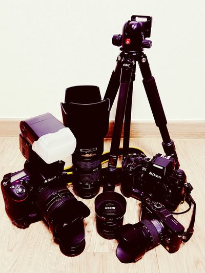 My Toys Nikon Family 😆 Nikon D750 Nikon F4s Nikkor 24-85 Nikkor 80-200 Nikkor 50mm Nikon Sb700 Manfrottotripod Panasonic Lumix GF1 Camera - Photographic Equipment Enjoying Life Good Night My Lovely Friends Xoxoxoxo 😚