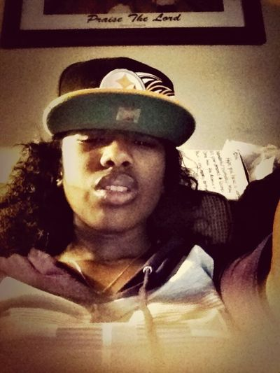 Iont Love These Hoes But The Shonuff Loving Me!!!