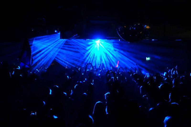 Concert Photography Light Up Your Life Concert Concerts & Events Light In The Darkness Shining Light Party Time For The Love Of Music Put Your Hands Up Celebrating Live Music Club Concert Hall  Concerts Bright Light Music Brings Us Together