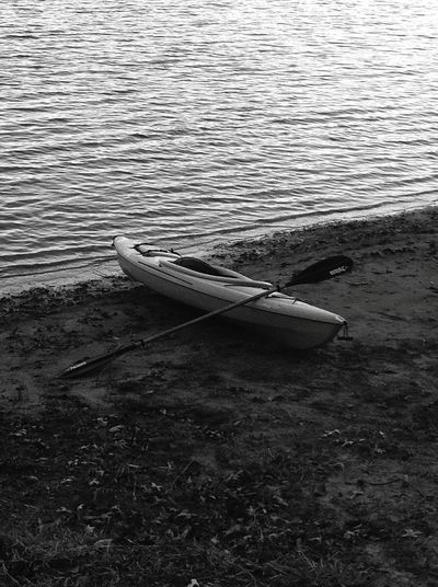 The best rides are alone Trailblazers_rural Alone Time Kayaking Lake View