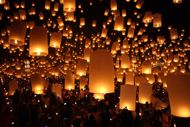 Lanterns Yee Peng Festival Celebration Crowd Illuminated Lantern Large Group Of People Lighting Equipment Men Night Outdoors People Real People Sky Sunset Traditional Festival Yeepeng The Week On EyeEm