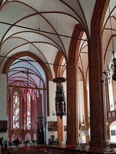 Gothic Architecture Built Structure Indoors  Church Gothic Gothic Church Church Dome Architecture_collection Architecture Photography Art Gallery EyeEm Best Shots EyeEm Gallery EyeEm Team Gothic Architecture Travel Destinations Day Beautiful TakeoverMusic
