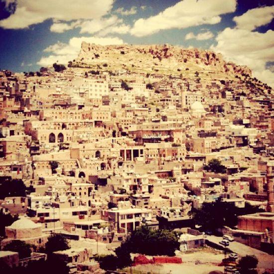 Ohh my beatiful motherland.💕. Mardin Beuatyofturkey Castle Mardincastle Stonehouses Narrowstreets Goodpeople 💞😊😊