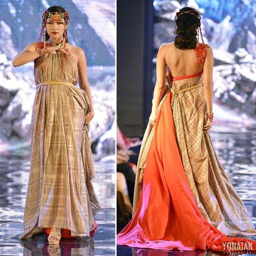 Design by @dolaapkebaya_by_elokrenapio Fashion Fashionmagazine Fashionweek Fashiondesert Fashionblogger Instafashion Bestshoot Pfw Catwalk Runaway Couture Dress Concept Tibet Romanceinspring Appmi Appmijatim Tele