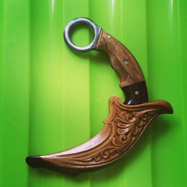 Weapon Kerambit