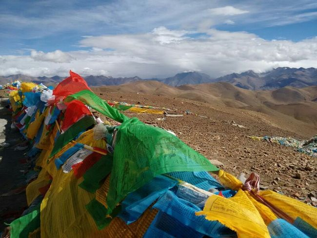 Prayer Flags  Captured Moment Perfect Moment Enjoying Life On The Way Natural Beauty Nature_collection Naturelovers Taking Photos Mountains Mountain View Mountains And Sky Mountain_collection Mountainview Go To Tibet Moment Lens Tibet China Mobile Photography Mountain In Tibet