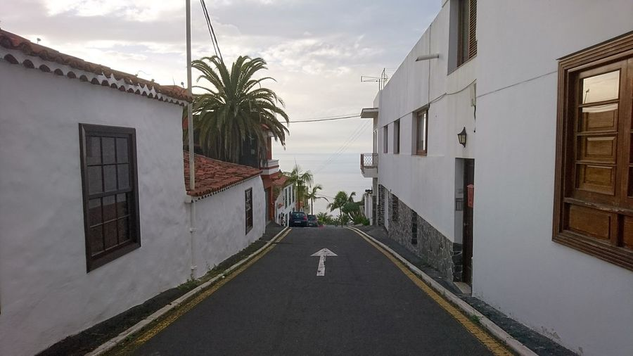 Ahead. Tenerife SPAIN España Canary Islands Islas Canarias White Ahead The Way Forward Streets Atlantic Ocean Atlantic Simplicity Water Palm Tree Sky Architecture Building Exterior Built Structure