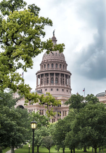 Plant Building Exterior Tree Built Structure Architecture Austin Austin Texas USA Sky Nature No People Capitol Texas Capitol Capitol Building Cloud - Sky Travel Destinations Travel Day Dome Tourism Building Green Color Outdoors Government Growth My Best Photo