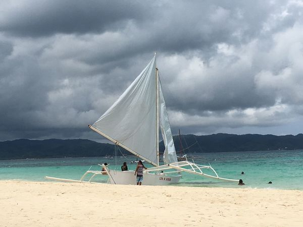 Beautiful Beach Monsoon Boat Clouds And Sky Beach Colours Philippines Boracay It's More Fun In The Philippines On The Way The Color Of Sport My Favorite Place Finding New Frontiers Sommergefühle