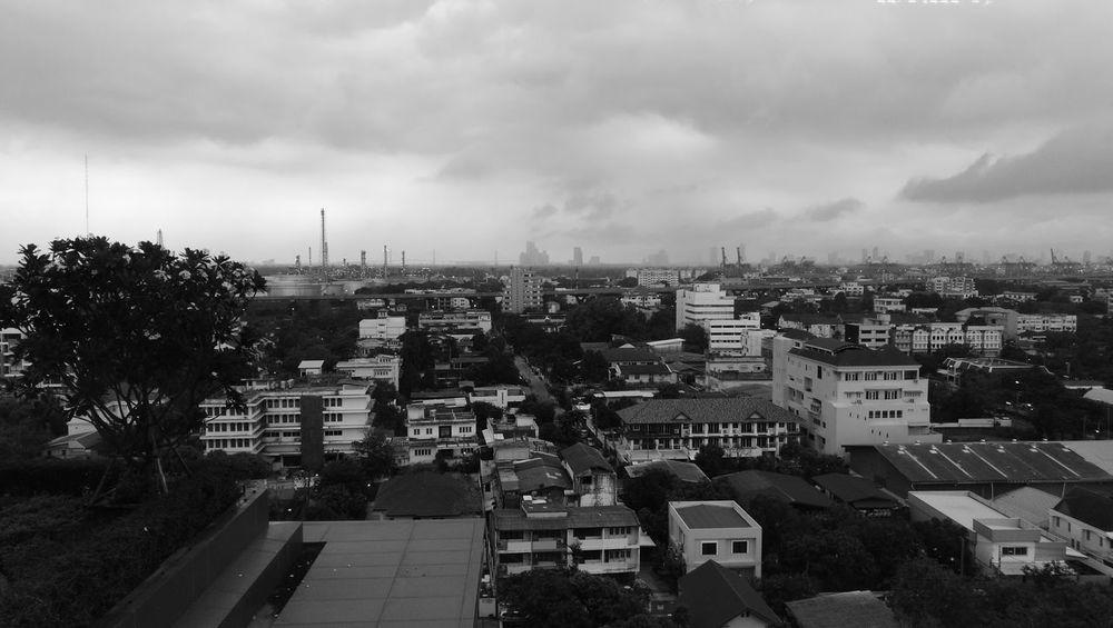 Building Cloud - Sky Cityscape Outdoors Storm Cloud City Landscape Condominiums