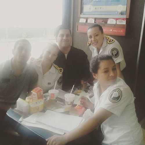 Mc cn las cerdas antes del final de criminologia McDonald Food