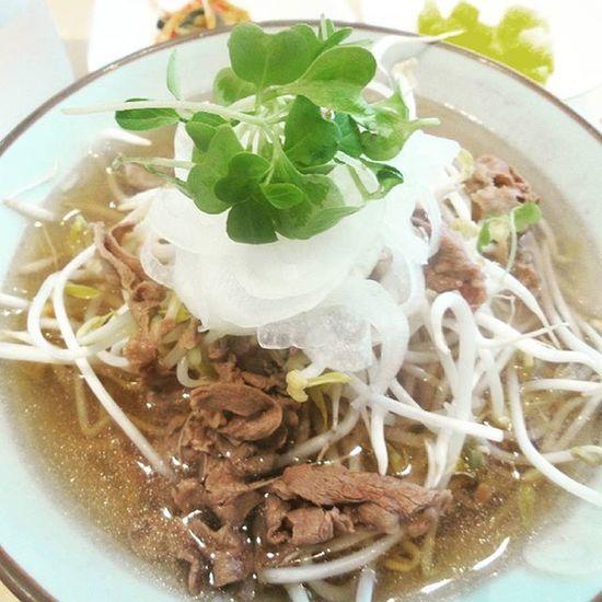 국수나무 쌀국수 처음먹어봤다..