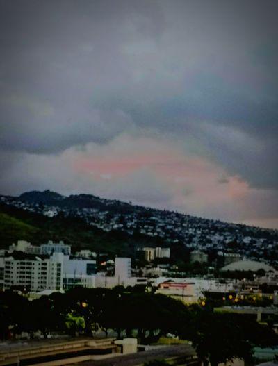 Goodmorning EyeEm  Cloud Formations Storm Cloud Lightning Behind Clouds Kahala Oahu, Hawaii EyeEm Nature Lover Eyeemmarket Storm Approaching The Great Outdoors - 2017 EyeEm Awards The Street Photographer - 2017 EyeEm Awards