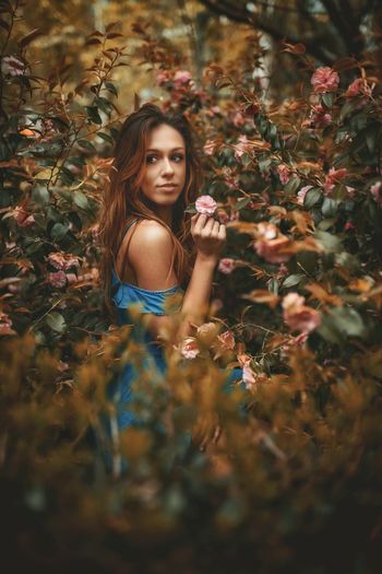 Living a fairytale One Person Plant Women Portrait Nature Looking At Camera Long Hair Adult Beauty Beauty In Nature Land Tree Hairstyle Flower Hair Outdoors Beautiful Woman Selective Focus Girls Young Adult The Portraitist - 2018 EyeEm Awards