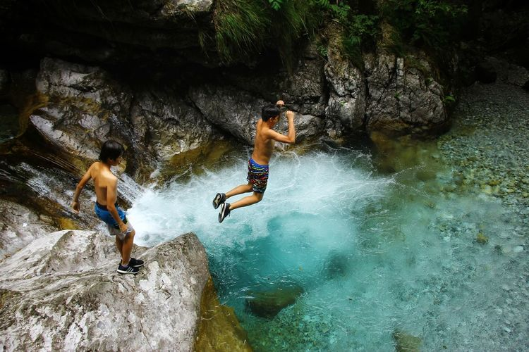 Water Friendship Full Length Men Adventure Extreme Sports Swimming Jumping Togetherness Fun The Great Outdoors - 2018 EyeEm Awards