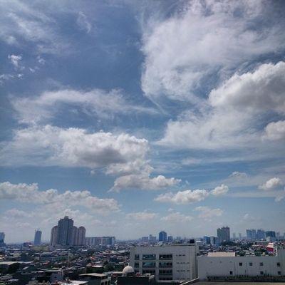 Selamat pagi Jakarta, sepertinya agak bersih pagi ini...Kamerahpgw_Kupang Kamerahpgw Sonyxperiaz1 Xtraordinarynoya