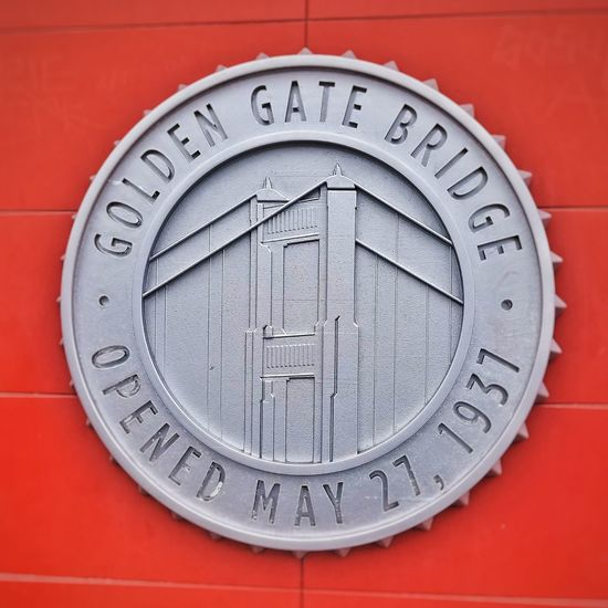 Circle Red No People Close-up Clock Face Day Minute Hand Sign Golden Gate Bridge California California Love Plaques