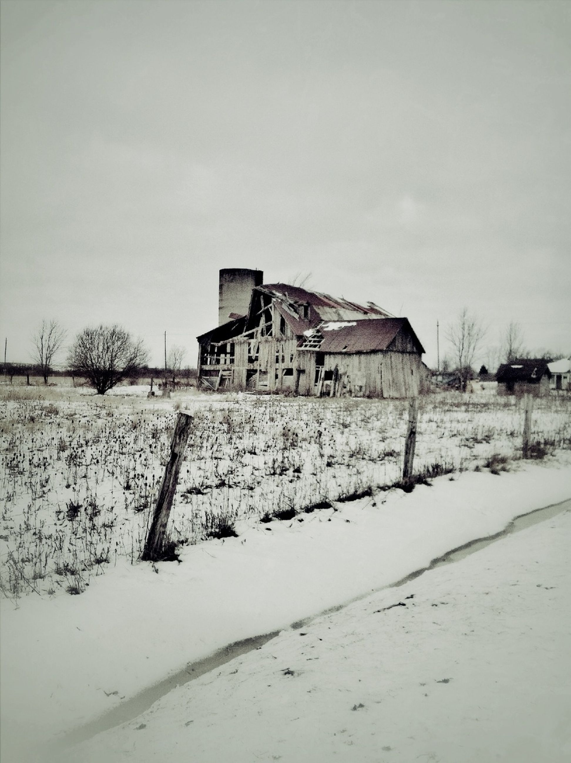 snow, winter, cold temperature, built structure, architecture, building exterior, weather, abandoned, season, sky, covering, field, house, landscape, damaged, white color, frozen, old, nature, run-down