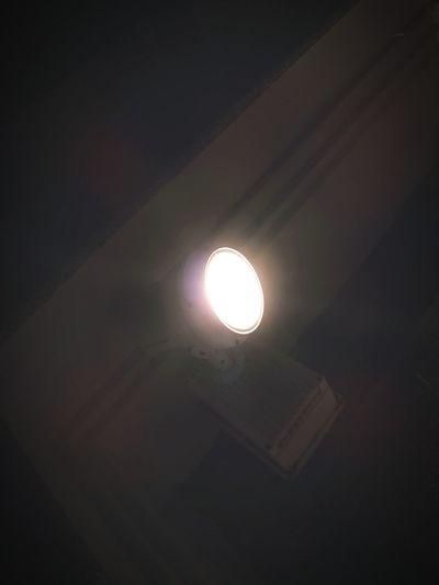 Light 💡: photo taked by Huawei Nova 2i. Darkness Light Downlights darkness and light First Eyeem Photo HUAWEI Photo Award: After Dark