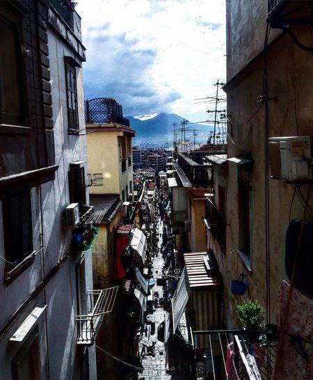 Napoli La Più Bella Del Mondo EyeEmBestPics EyeEm EyeEm Gallery Streetphotography Italy Hello World Street Life Napoli My Life Shoot Talking Pictures Streets Of Napoli