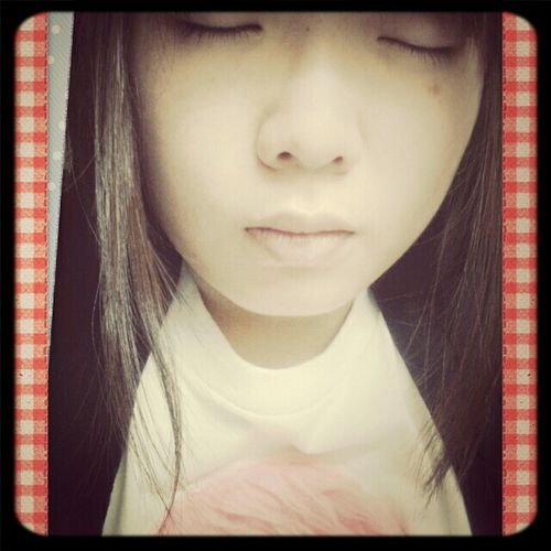 a day left to the term test ... exhausted >: with my big bao bao face lol needs support .... Exhausted +852 Girl