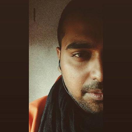 Half face click Concept Photography Photooftheday Instapic Instadaily Instamood Shadow Light Camera Timing Timepass Yolo Zb Goanboy Brownboy Goan Travler Lawyer Historian Ahd Goa Mycreativity