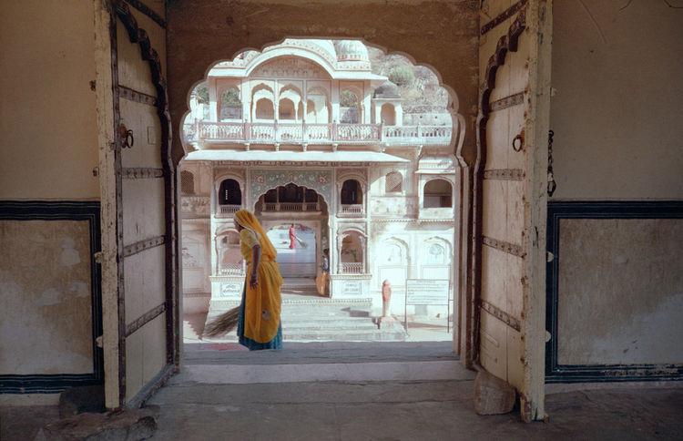35mm Film 35mmfilm 35mmfilmphotography Analogue Analogue Photography Jaipur Jaipur Rajasthan The Great Outdoors - 2018 EyeEm Awards The Photojournalist - 2018 EyeEm Awards The Street Photographer - 2018 EyeEm Awards The Traveler - 2018 EyeEm Awards The Architect - 2018 EyeEm Awards Analoguepeople Filmfeed Istillshootfilm