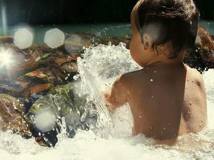 Portrait Newcaledonia Baby Waterfalls
