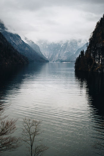 Take a breath at Königssee Bayern Berchtesgaden Berchtesgaden , Germany Berchtesgaden Alps Berchtesgadener Land  Handy IPhone IPhoneography Königssee Lake View Lakeshore Lakeside Smartphone Photography Smartphonephotography Taking A Picture View View From Above