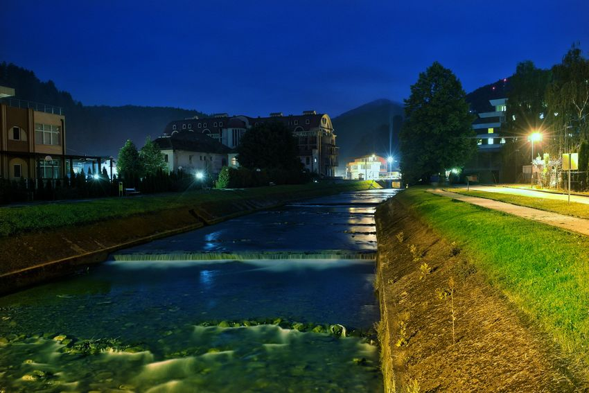 Night Street River Fojnica Bosnia And Herzegovina Long Exposure Lights Building Urban Park Leading Lines