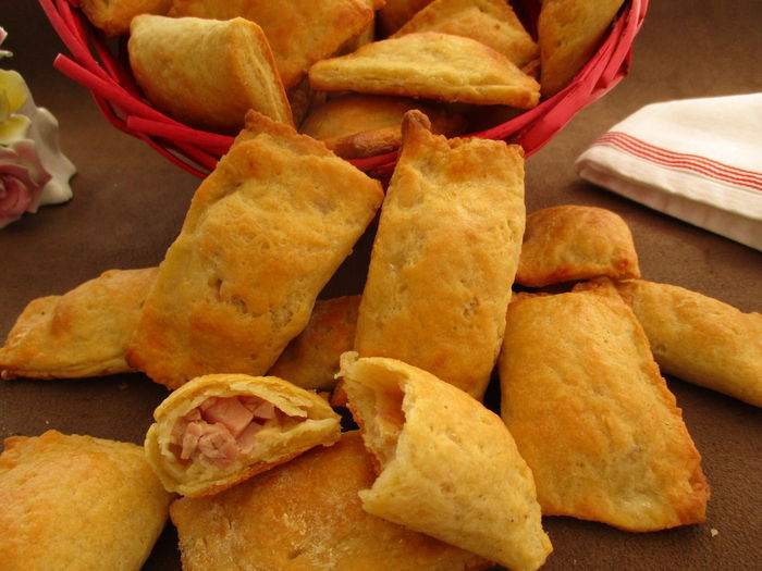 Cheese pastry pillows stuffed with bacon Antipasti Bacon Baked Basket Cheese Pastry Cheese! Close-up Delicious Filled Finger Food Food Food And Drink Homemade Food No People Pastry Ready-to-eat Snack Stuffed