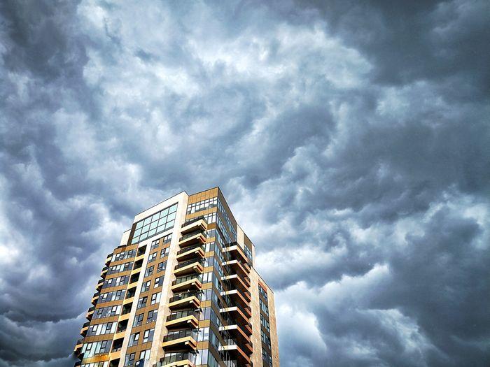City Skyscraper Sky Architecture Building Exterior Built Structure Cloud - Sky Storm Cloud Thunderstorm Storm Office Building High Rise Torrential Rain Dramatic Sky