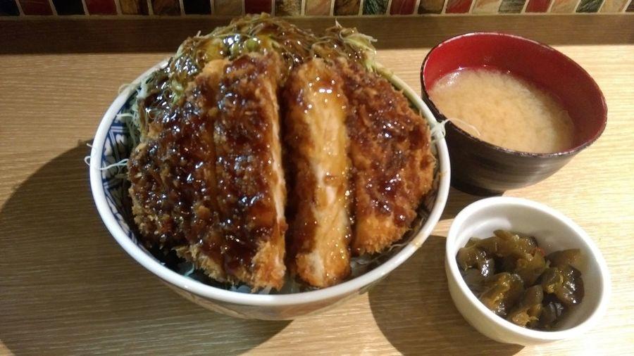 ボリュームたっぷり!肉厚ロースカツ丼 Katsudon Foodporn Enjoying A Meal Fried Pork Donburi Delicious