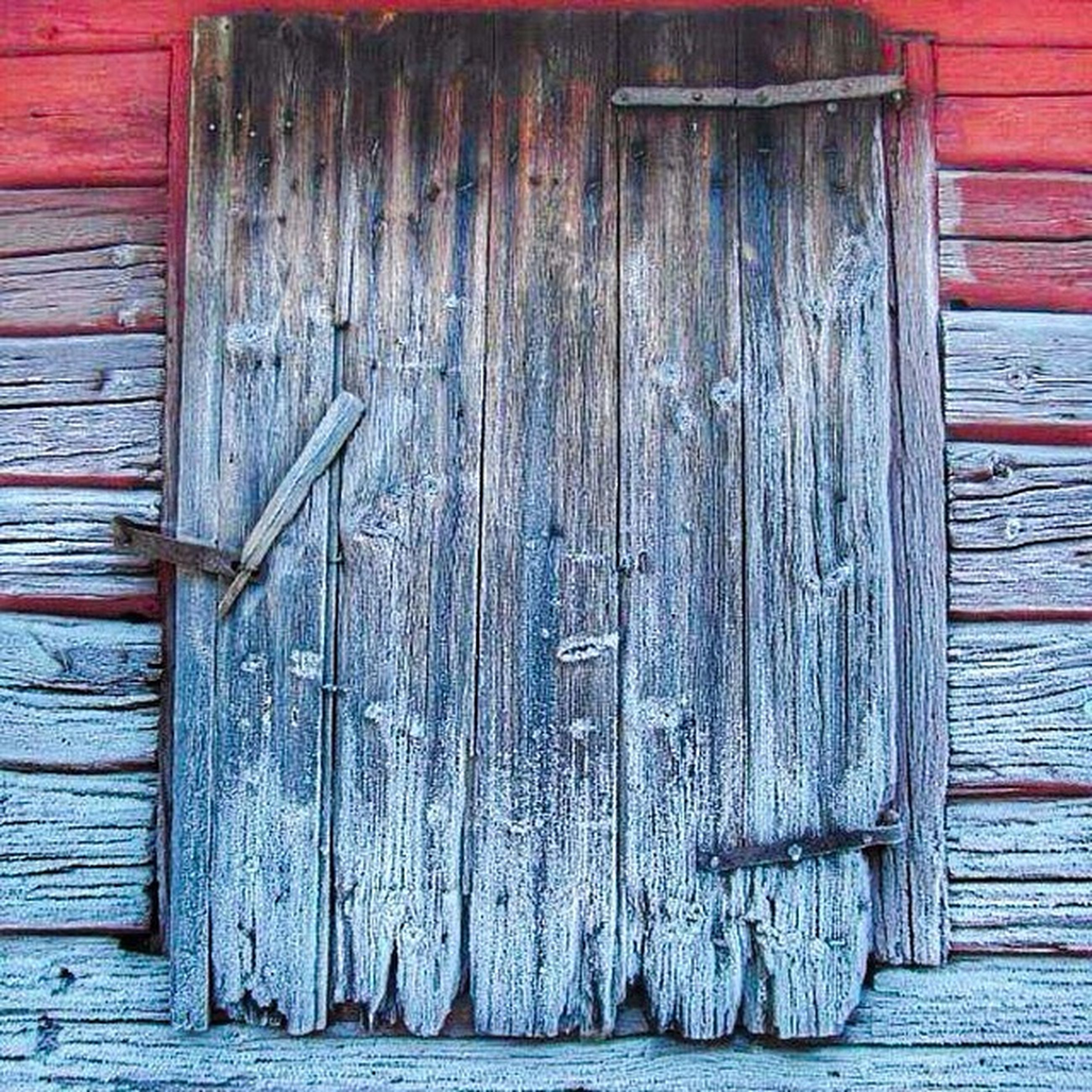 wood - material, wooden, door, wood, closed, plank, weathered, built structure, old, safety, protection, house, full frame, security, close-up, building exterior, textured, architecture, entrance, day