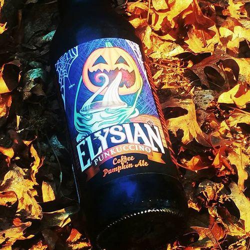 First pumpkin beer of the fall. Elysian Pumpkinbeer Coffee Stout NowDrinking Craftbeerporn Craftbeer Craftbrew Beerstagram Instabeer Beerporn Beertography Beersofinstagram Fallbeers Leaves Fall