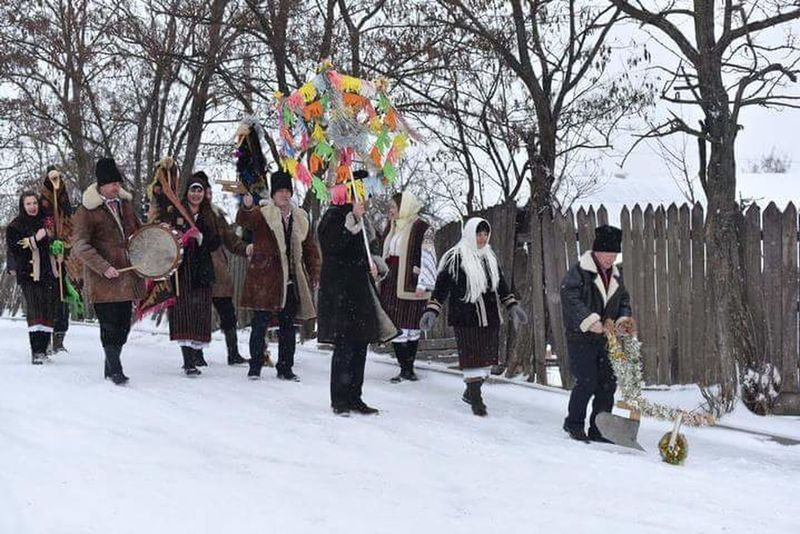 Winter Snow Winter Holiday Steaua Traditional Costume Traditional Culture Republic Of Moldova Christmas People Happy People❤ Sweet😍