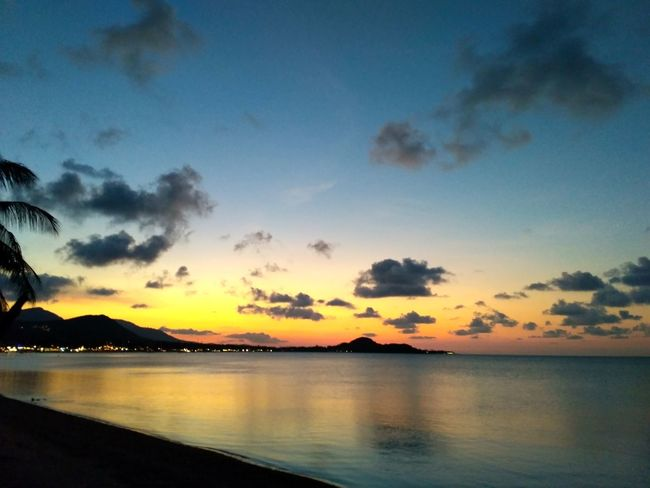 Ko Samui, Thailand Sunset Sea Water Reflection Scenics Horizon Over Water Tranquility Cloud - Sky Sky Tranquil Scene Nature Outdoors Landscape Silhouette Beauty In Nature Mountain No People Day Sea And Sky Dusk Dawn