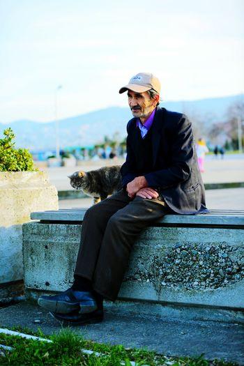 Samsun Adam  Man Alone Yalnızlık Kedi Cat