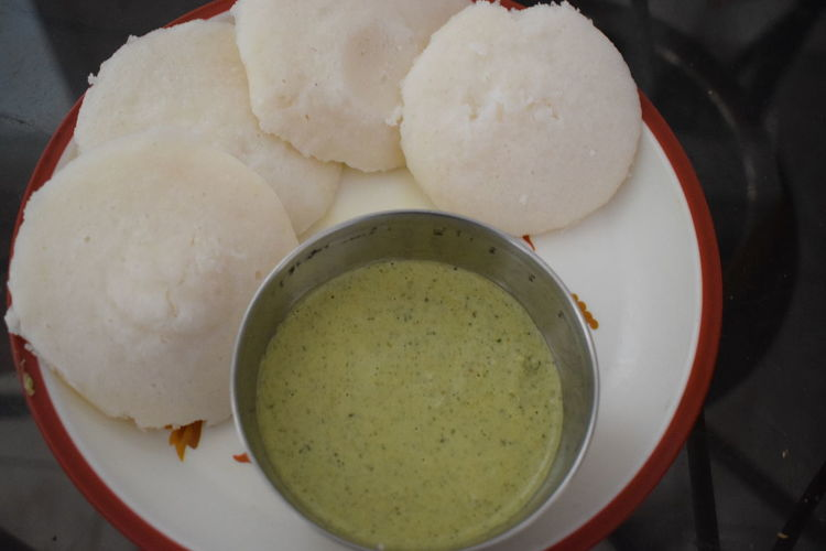 Idlis And A Couple Of Chutneys Focus On Foreground Foodphotography Nikon D5300 18-55mm White Background