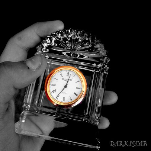 --/( N Θ T I M Σ L Σ F T )\-- Glass Colorsplash Blackbackground Hands Clock Gold Time Is Gone